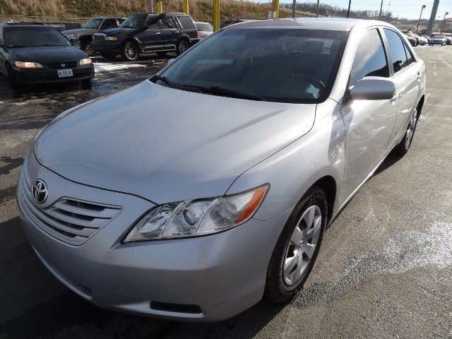 2007 Toyota Camry LE AUTO 3 MONTH OR 3000 MILEAGE WARRANTY COMES WIT