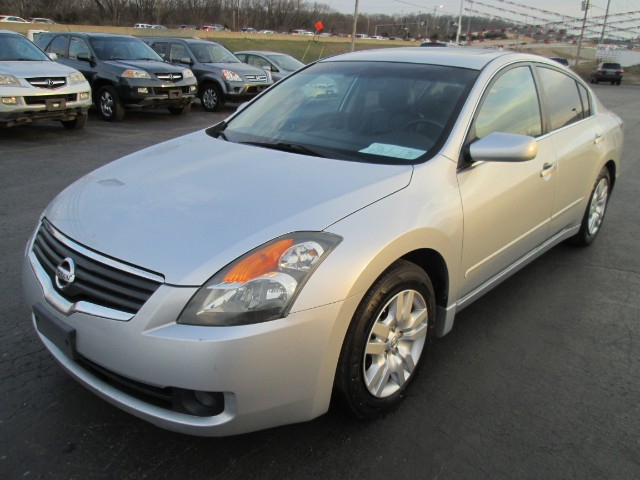 2007 Nissan Altima 2.5 S 3 MONTH OR 3000 MILEAGE WARRANTY COMES WITH