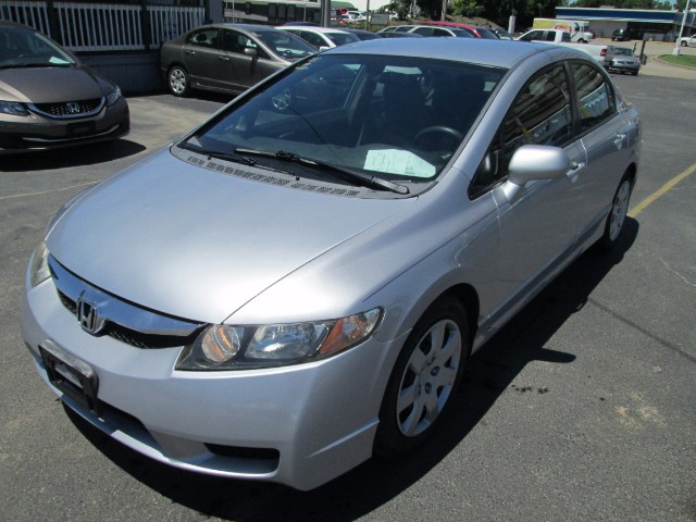 2009 Honda Civic LX AUTOMATIC 3 MONTH OR 3000 MILEAGE WARRANTY COME