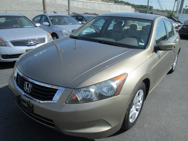 2008 Honda Accord LX-P AUTO 6 MONTHS 6000 MILEAGE WARRANTY INCLUDED.