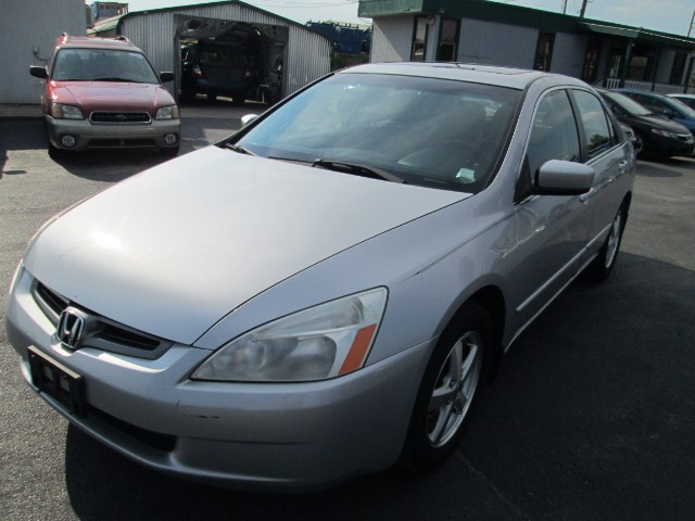 2003 Honda Accord EX SEDAN 5 SPEED MANUAL TRANSMISSION COMES WITH 30