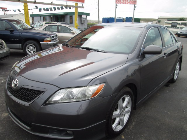 2008 Toyota Camry XLE FULLY LOADED COMES WITH 3 MONTHS OR 3000 MILEA