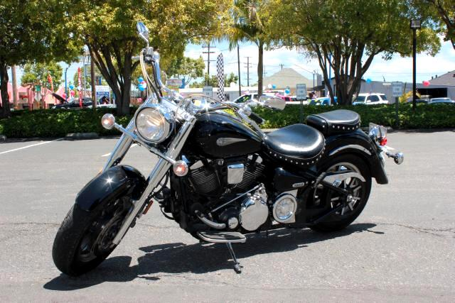 2006 Yamaha Road Star I would like to introduce you to 2006 Yamaha Road Star LK  Cruising Bike