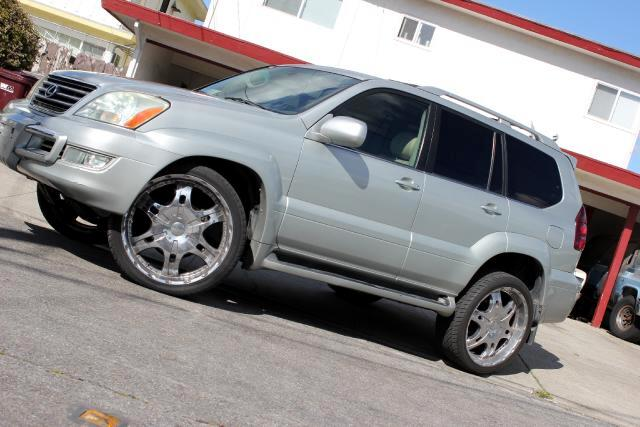 2004 Lexus GX 470 LOOK  Platinum Motors Proud To Present A 2004 Lexus GX470 Luxury SUV Navigatio