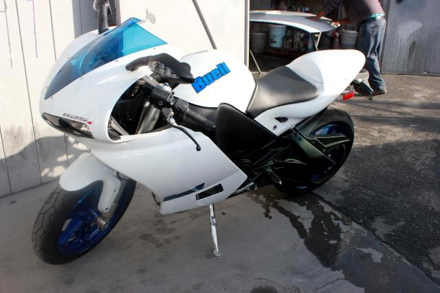 2009 Buell 1125R Visit Platinum Motors online at wwwplatinummotorsonlinecom to see more pictures o