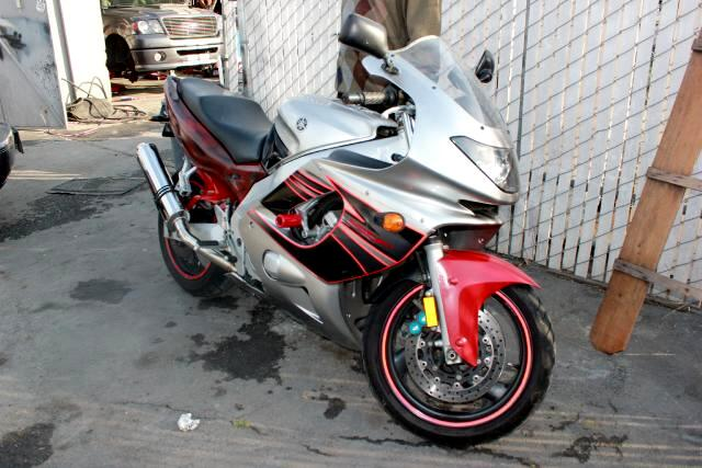 2005 Yamaha YZF-600R Visit Platinum Motors online at wwwplatinummotorsonlinecom to see more pictur