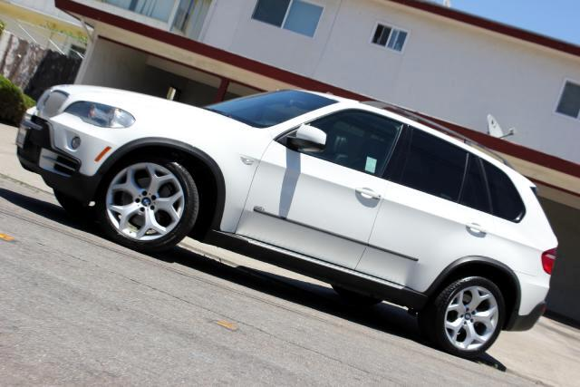 2008 BMW X5 LQQK  Platinum Motors Proud to Present 2008 BMW X5 48L Fully Loaded  Many Option