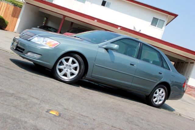 2000 Toyota Avalon Visit Platinum Motors online at wwwplatinummotorsonlinecom to see more pictures