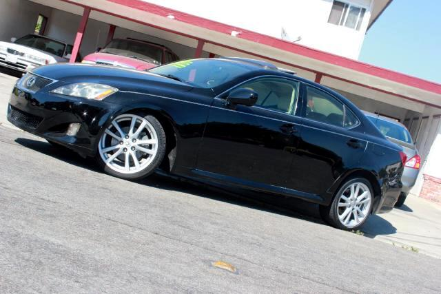2007 Lexus IS 250 Visit Platinum Motors online at wwwplatinummotorsonlinecom to see more pictures
