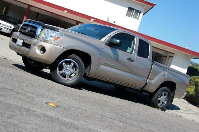 2007 Toyota Tacoma Visit Platinum Motors online at wwwplatinummotorsonlinecom to see more pictures
