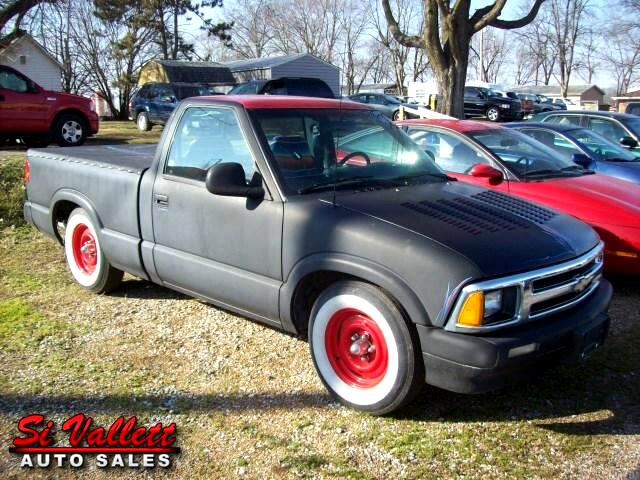 1994 Chevrolet S10 Pickup Reg. Cab Short Bed 2WD