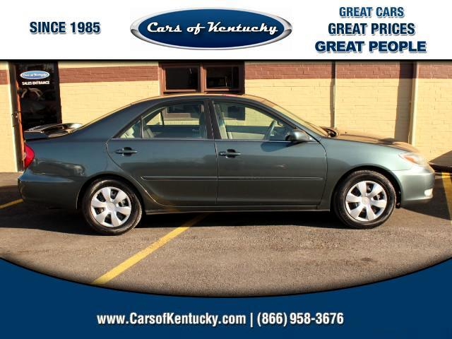 2004 Toyota Camry SE 5-Spd AT
