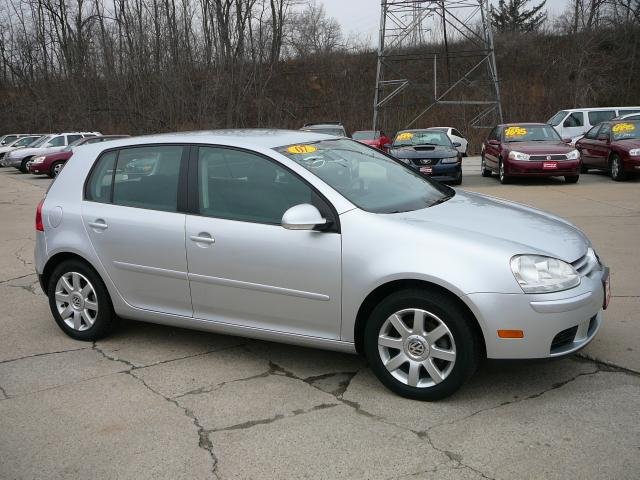 2007 Volkswagen Rabbit 4-Door