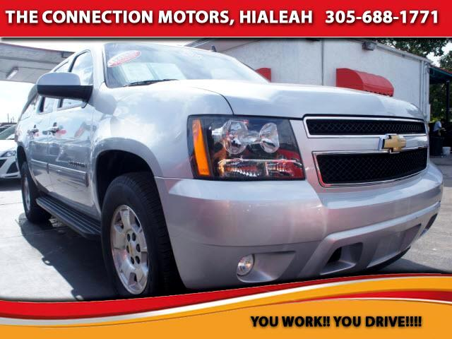 2013 Chevrolet Suburban VIN 1GNSCJE04DR243608 20k miles Options Air Conditioning Bucket Seats