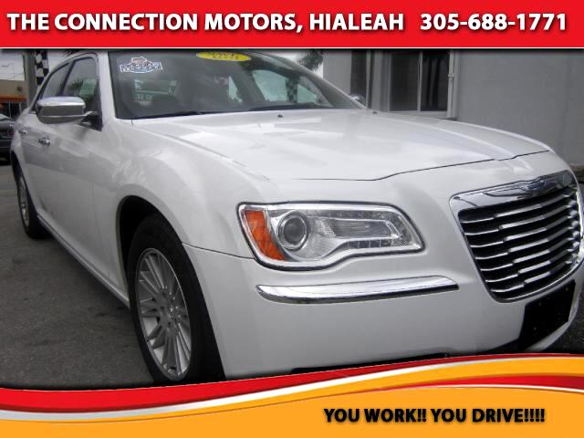 2012 Chrysler 300 VIN 2C3CCACG7CH209484 39k miles Options Adjustable Pedals Air Conditioned Se