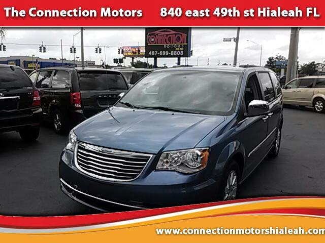 2012 Chrysler Town  Country NAVIGATION TV-DVD LEATHER GREAT SELECTION OF HIGH QUALITY VEHICLES