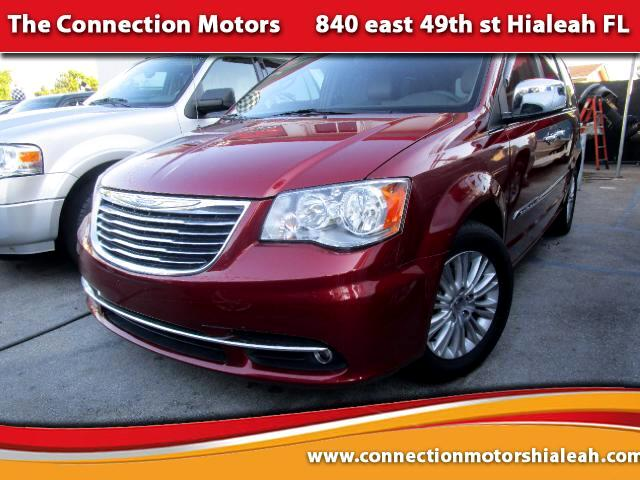 2011 Chrysler Town  Country GREAT SELECTION OF HIGH QUALITY VEHICLES AT THE LOWEST PRICE WE FINAN