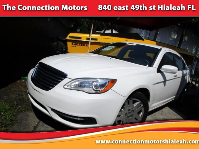 2013 Chrysler 200 GREAT SELECTION OF HIGH QUALITY VEHICLES AT THE LOWEST PRICE WE FINANCE EVERYBOD