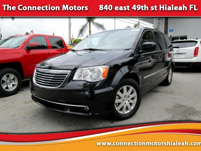 2014 Chrysler Town  Country GREAT SELECTION OF HIGH QUALITY VEHICLES AT THE LOWEST PRICE WE FINAN