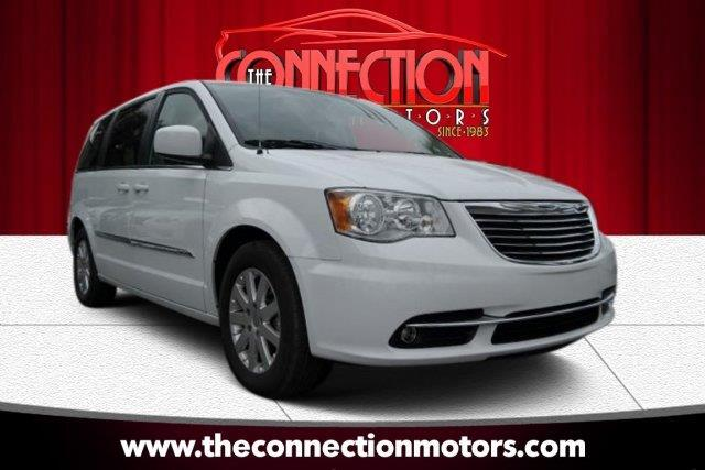 2015 Chrysler Town  Country GREAT SELECTION OF HIGH QUALITY VEHICLES AT THE LOWEST PRICE WE FINAN