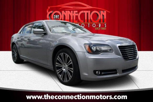 2013 Chrysler 300 GREAT SELECTION OF HIGH QUALITY VEHICLES AT THE LOWEST PRICE WE FINANCE EVERYBOD