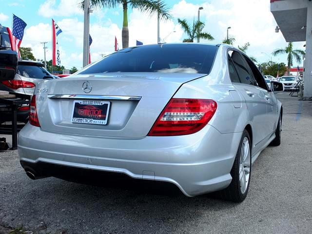 2012 Mercedes-Benz C-Class C250 Luxury Sedan