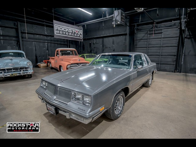 1986 Oldsmobile Cutlass Supreme Base