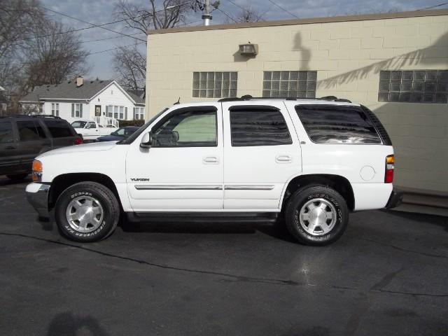 2005 GMC Yukon 4WD