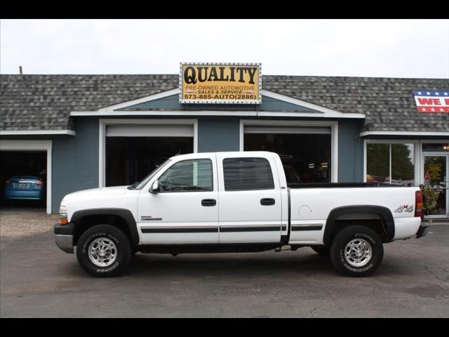 2002 Chevrolet Silverado 2500HD Crew Cab Short Bed 4WD