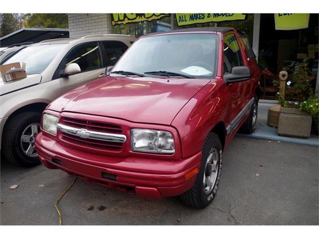 2001 Chevrolet Tracker 2-Door 4WD