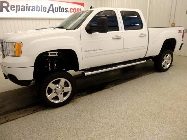 2012 GMC Sierra 2500HD Denali Crew Cab 4WD REPAIRABLE SIDE DAMAGE
