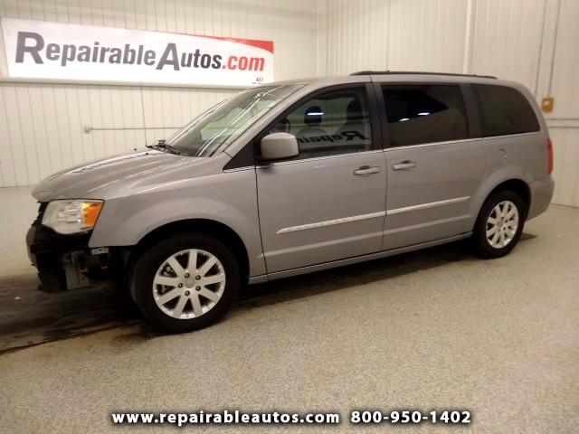 2014 Chrysler Town & Country Repairable Front Damage
