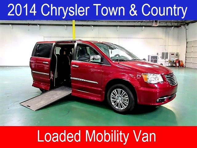 2014 Chrysler Town and Country Roolx Wheelchair Conversion