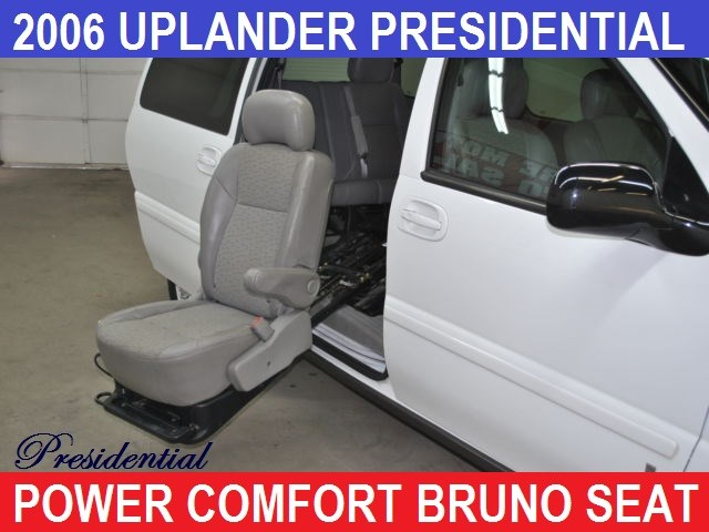 2006 Chevrolet Conversion Van BRUNO COMFORT SEAT
