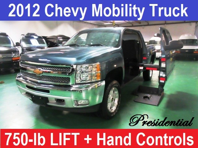 2012 Chevrolet Trucks Pickup Presidential Z-71 4X4 Wheelchair Handicap Pick Up