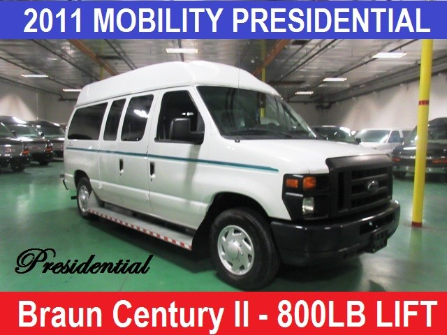2011 Ford E-150 Presidential