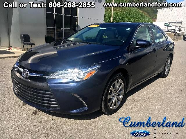 2017 Toyota Camry 4dr Sdn XLE Auto