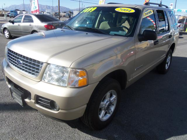 2004 Ford Explorer