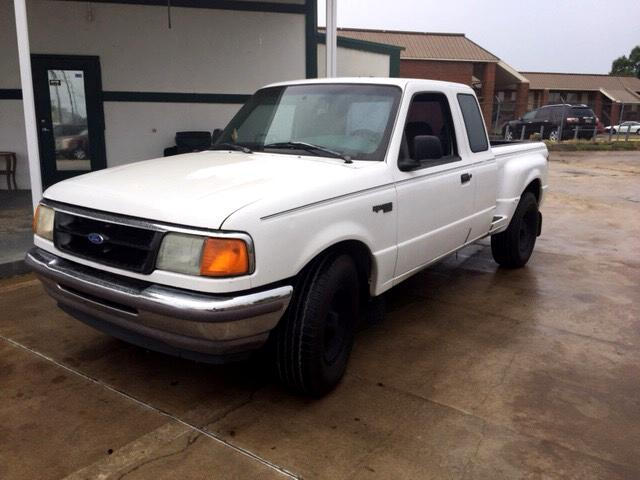 1996 Ford Ranger XL SuperCab 2WD