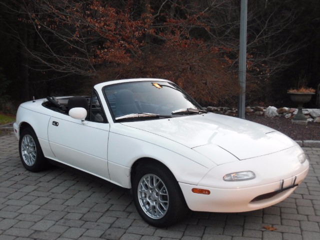 1992 Mazda MX-5 Miata Base