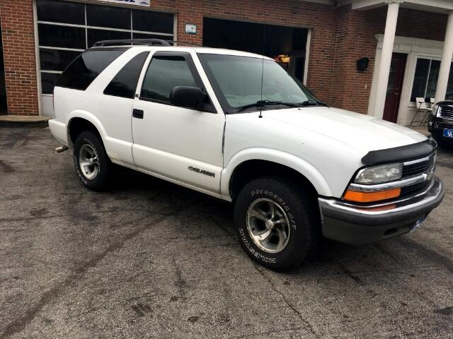 2001 Chevrolet Blazer LS 2-Door 2WD