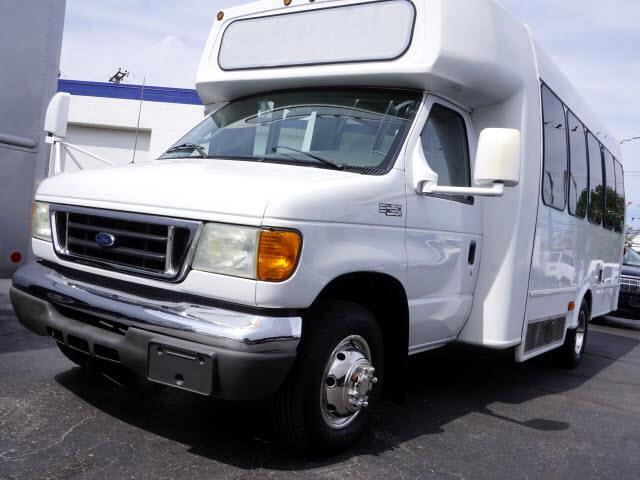 2005 Ford Econoline E-450