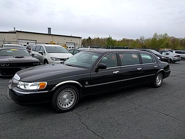 1998 Lincoln Town Car Limousine