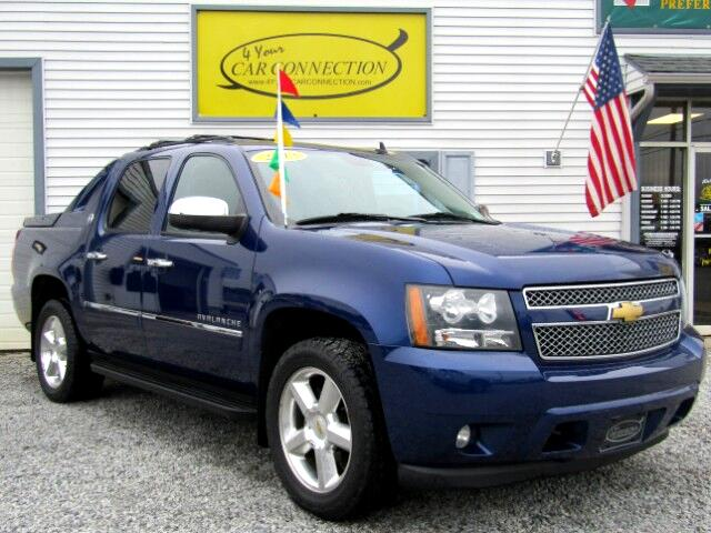 2013 Chevrolet Avalanche LTZ Black Diamond 4WD TV/DVD/NAV