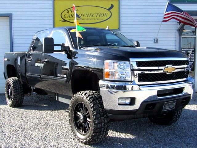 2014 Chevrolet Silverado 2500HD LTZ Crew Cab 4WD LIFTED TURBO DIESEL