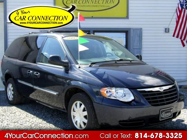 2007 Chrysler Town & Country Touring 7 Passenger
