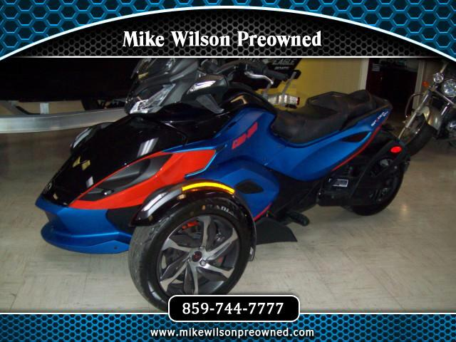 2015 Can-Am Spyder STS