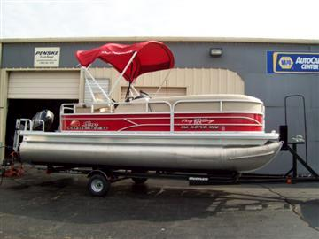 2016 Suntracker Party Barge 20 DXL