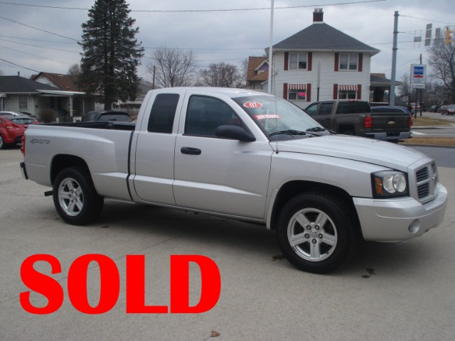 2007 Dodge Dakota SLT Club Cab 2WD