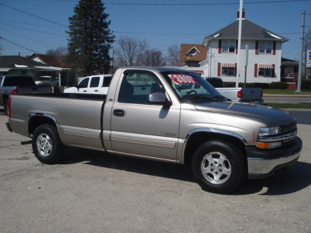 1999 Chevrolet Silverado 1500 Regular Cab Long Bed 2WD